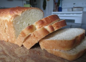 Homemade bread, sliced bread, sliced homemade bread,