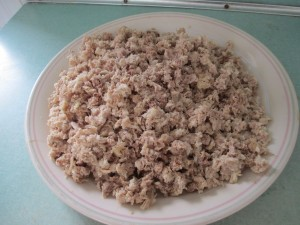 cooked chicken meat, ground chicken,