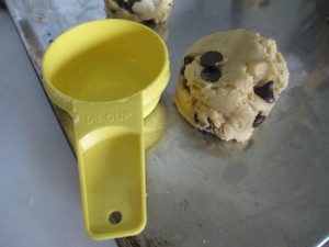 Chololate chip cookie dough, Jumbo chocolate chip cookie dough, Tupperware measuring cup,
