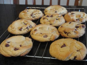 Jumbo chocolate chip cookies, Chocolate chip cookies,